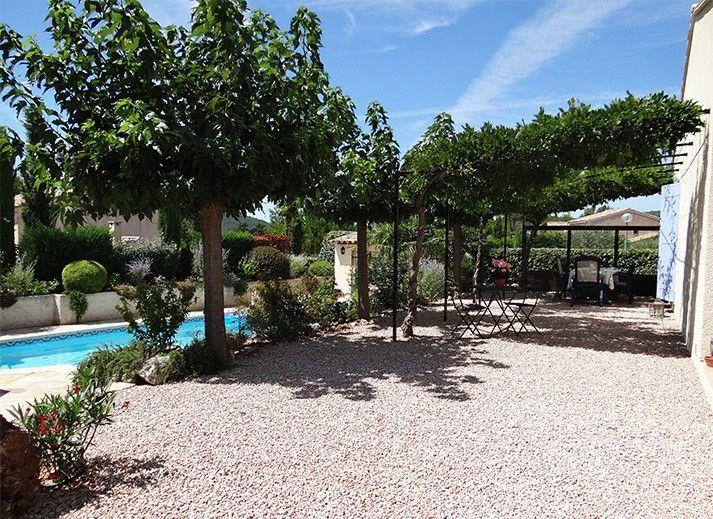 vakantiewoning villapark le jardin du golf nans les pins provence cote d 39 azur frankrijk. Black Bedroom Furniture Sets. Home Design Ideas
