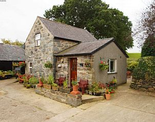 Guest house 06721410 • Holiday property Wales • Yr Hen-Ryd