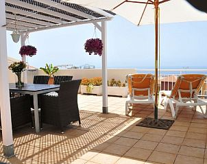 Guest house 1443101 • Apartment Canary Islands • App. met groot dakterras en zeezicht.